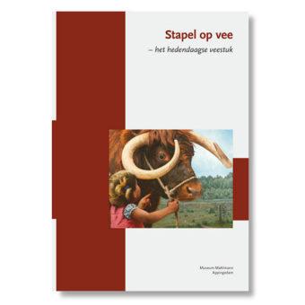 Boek stapel op vee -Museum Mohlmann expositie